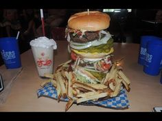 $1500 Whammy Burger Challenge Record at Burgers & Blues | Randy Santel - YouTube