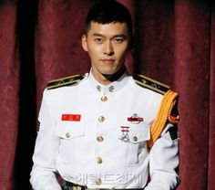 Hyun Bin will be formally discharged on the from his military duties after serving for 1 year and 9 months. Korean Male Models, Korean Celebrities, Korean Actors, Hyun Bin, Handsome Prince, Man Character, Korean Entertainment, Korean Star, Drama Film