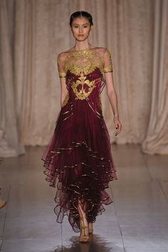 Loove the opulence of the top half of this dress. Marchesa S/S 2013