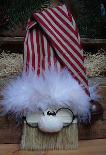 Cherry's Prairie Primitives: paint brush Santa!!