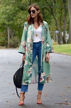 Kimono (disambiguation) A kimono is a Japanese traditional garment. Kimono may also refer to: Kimono Fashion, Hijab Fashion, Love Fashion, Fashion Dresses, Fashion Looks, Womens Fashion, Fashion Trends, Mode Abaya, Mode Hijab