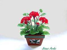 Idée Cadeau en perles pour toute occasion - Plante en perles Géranium rouge dans jardinière en terre cuite : Accessoires de maison par botanic-perles