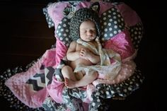 www.erinhaneyphotography.com Newborn Girl Photography, Knit Bear Hat, Quilt, Erin Haney Photography