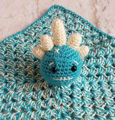 Alien snuggy - Security blanket - Lovey blanket - Baby shower gift - Huggy blanket - Newborn blanket - Alien blanket - Blue and white alien by bellafarfallaboutiqu. Explore more products on http://bellafarfallaboutiqu.etsy.com