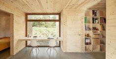 GG Bioclimatic House / Alventosa Morell Arquitectes