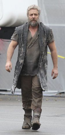 Russell Crowe as Noah (Photo: Splash News) so sexy @ any age