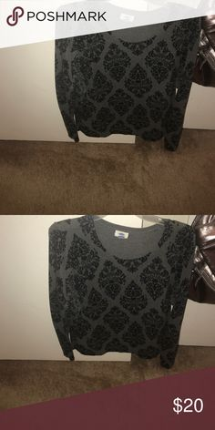 Black & Gray print sweater Black & Gray print sweater Old Navy Sweaters