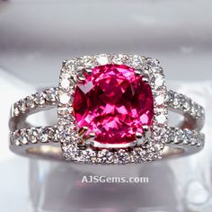 Spinel and Diamond Ring in 18k Gold