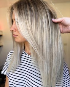 "2,728 Likes, 33 Comments - Hottes Hair (@jamie_hotteshair) on Instagram: ""White Sand 1/2hd Babylights the freehand Painting remaining hair using @lakmecolour k.blonde…"""
