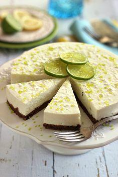 Juditka konyhája: ~ JOGHURTOS CITROMOS TÚRÓTORTA ~ Pinata Cake, Yams, Cakes And More, Feta, Food Porn, Paleo, Goodies, Dessert Recipes, Food And Drink