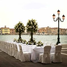 Venice is a treasure to discover, and this stunning wedding venue will capture your heart and soul. Molino Stucky offers a modern comfort. Wedding Abroad, Wedding Tips, Wedding Ceremony, Wedding Venues, Dream Wedding, Wedding Planner, Destination Wedding, Getting Married In Italy, Stucky