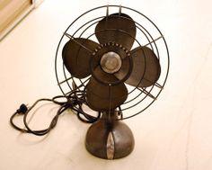 vintage table fan ::