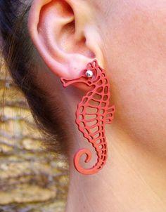 Brinco Cavalo Marinho   #rubber_jewelry #jóias_de_borracha
