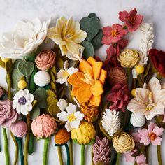 Handmade Felt Flower & Eucalyptus Bouquets on Bouquet D'eucalyptus, Zinnia Bouquet, Peach Bouquet, Felt Flower Bouquet, Eucalyptus Bouquet, Spring Bouquet, Felt Flowers, Fabric Flowers, Paper Flowers