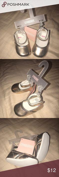 SALE🎉🎉🎉Gymboree Gold Crib Shoes NWT size 2 NWT Gymboree Gold Crib Shoes. Adorable!!! Gymboree Shoes Baby & Walker