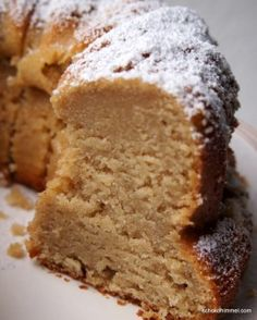 Super juicy apple sauce yoghurt ring cake (or: taste .- Supersaftiger Apfelmus-Joghurt-Gugelhupf (oder: Geschmack schlägt Optik) – Schokohimmel Super juicy apple sauce yoghurt ring cake (or: taste beats optics) – chocolate heaven - Berry Smoothie Recipe, Easy Smoothie Recipes, Brownies Oreo, Cookie Recipes, Dessert Recipes, Dessert Diet, Coconut Milk Smoothie, Homemade Frappuccino, Caramel Pudding