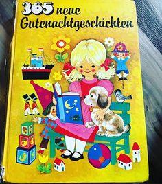 Habt ihr auch noch Bücher aus eurer Kindheit? Viele habe ich nicht mehr aber dieses hier war eins meiner Lieblingsbücher  Meine Lieblingsgeschichte packe ich euch mal in die Storys. Erzählt mal was war euer Lieblingsbuch als Kind? Ich hab außer diesem hier auch noch sehr gerne den Struwwelpeter gehabt.  #kinderbücher #kindheit #erinnerungen #80s #childhood Instagram, Childhood, Memories