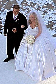 kendra wilkinson wedding dress