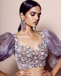 Sleeves Designs For Dresses, Dress Neck Designs, Sleeve Designs, Modern Blouse Designs, Bridal Blouse Designs, Indian Designer Suits, Saree Blouse Patterns, Blouse Models, Fashion Design Sketches