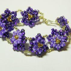 Peyote Flower Bracelet Pattern pattern £4.00  #Seed #Bead #Tutorials