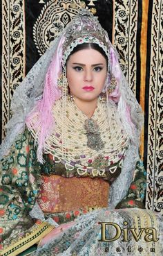 North Morocco's traditional wedding dress - SkyscraperCity