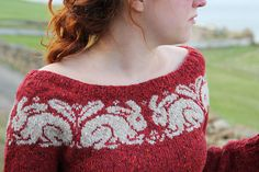 Ravelry: William pattern by Ann Kingstone from her book 'Stranded Knits' I want to learn how to do this. I need to find where I can buy this book. She adapted a design from William Morris here. So creative.