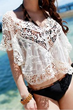 Hollow-out Lace V-neck Short Sleeve T-shirt