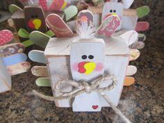 turkey made with a 5 gallon paint stirrer, jumbo craft sticks festive paper. November Thanksgiving, Thanksgiving Projects, Craft Stick Crafts, Fall Crafts, Craft Sticks, Craft Ideas, Paint Stirrers, Paint Stir Sticks, General Crafts
