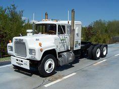 mack trucks   Mack R600