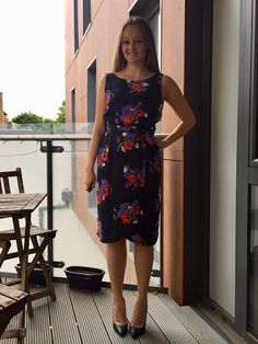 Diary of a Chain Stitcher: By Hand London Orsola Dress in Floral Viscose Leave Pattern, Indie, By Hand London, Sewing Leather, Sewing Blogs, Sewing Patterns, Sewing Ideas, Sewing Projects, Rock