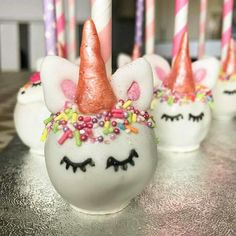Birthday Cake Pops, Birthday Candles, Unicorn Birthday Parties, Unicorn Party, Yummy Treats, Yummy Food, Girly Cakes, Unicorn Kids, Cakepops