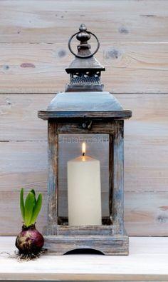 Ręcznie malowana metalowa latarenka, 17x17x45cm