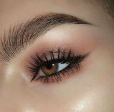 Uploaded by Athina Siamou. Find images and videos about makeup on We Heart It - the app to get lost in what you love. Edgy Makeup, Makeup Eye Looks, Eye Makeup Art, Cute Makeup, Makeup Goals, Pretty Makeup, Skin Makeup, Eyeshadow Makeup, Makeup Inspo