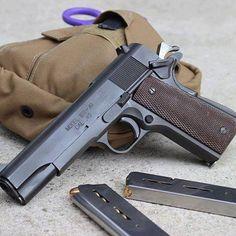 1911 Pistol, Colt 1911, Weapons Guns, Guns And Ammo, Rifles, Vietnam War Photos, Fire Powers, Cool Guns, Shotgun