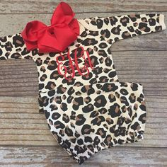 Monogrammed gown and bow, baby girl coming home outfit, newborn pictures, hospital outfit