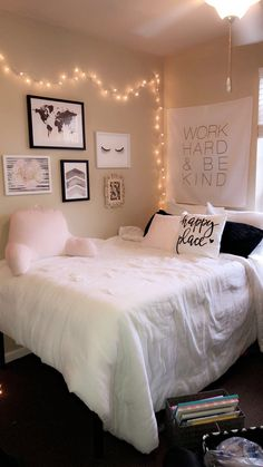 College apartment room ideas #pink #hobbylobby #college #apartment #white