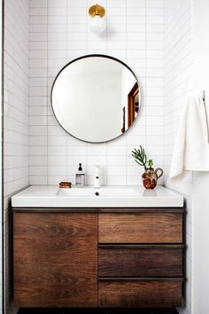 Looking for small bathroom ideas? Take a look at our best small bathroom design ideas to inspire you before you start redecorating your small Bad Inspiration, Bathroom Inspiration, Travel Inspiration, Bad Wand, Interior Minimalista, Laundry In Bathroom, Washroom, Bathroom Storage, Bathroom Styling