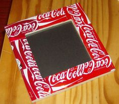 make this with Bitburger Beer cans i saved or any kind of frame for bulletin board etc Pop Cans, Fabric Crafts, Picture Frames, Beer Cans, Julie, Genre, Canning, Bulletin Board, Blog
