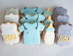 😉 Save the Board, Save the Pin. Please tag, share, comment on the picture! Labor Nurse Gift, Delivery Nurse Gifts, Nurse Cookies, Baby Cookies, Sugar Cookies, Nurse Gift Baskets, Thank You Baskets, Nurse Decor, Pregnant Nurse