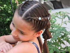 Trenzas postizas con globos en trenza de pescado | French braids with la...