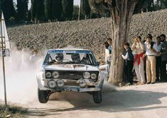 Sports Car Racing, Sport Cars, Race Cars, Rally Raid, Fiat Abarth, Car And Driver, Cars And Motorcycles, Techno, Classic Cars