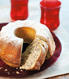Vaniljainen pellavakakku | Maku Swedish Recipes, Cornbread, Banana Bread, Baking, Ethnic Recipes, Sweet, Desserts, Food, Heaven