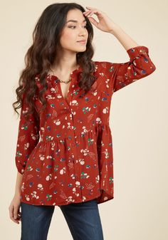 Creative Career Conference Button-Up Top in Ginger Garden. You make every moment of the seminar count by networking with other artistic pros in this rust-red top! #brown #modcloth
