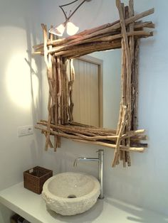The Most Captivating Manifestations Of Driftwood Furniture That Will Win Your Heart - DIY Aspects Driftwood Furniture, Driftwood Mirror, Driftwood Crafts, Diy Mirror, Diy Furniture, Mirror Ideas, Wooden Decor, Wooden Diy, Rustic Bathroom Mirrors
