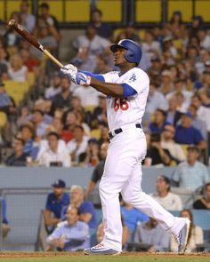 Yasiel Puig admiring his 4th inning home run. Pic via Jon SooHoo/LA Dodgers 2017.