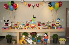 Uma festa com um tema clássico: a turma do Mickey!