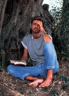 George Michael - photo postée par panayiotou - George Michael - l'album du fan-club - aufeminin