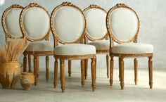 Vintage Shabby Gilt French Style Louis XVI Round Upholstered Side Chairs Set 6. #FrenchGardenHosue #Shabby #Gilt #Chairs #Chic #Furniture