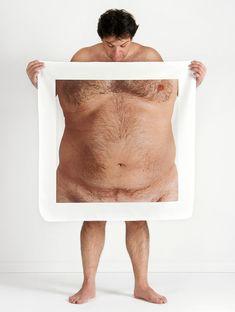 meltem işik magnifies anatomies to probe perceptions of the human body