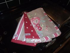 Betty Blues Tea towel set. 3 mix n match edged tea towels made from 100% cotton. Can be made in your choice of the mix n match fabric designs, for more information please contact me through www.bettybluesvintage.com.